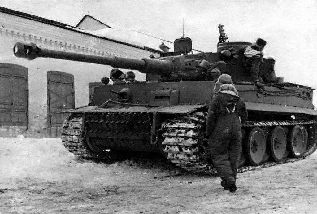 Diverses photos de la WWII (fichier 7) - Page 34 41421