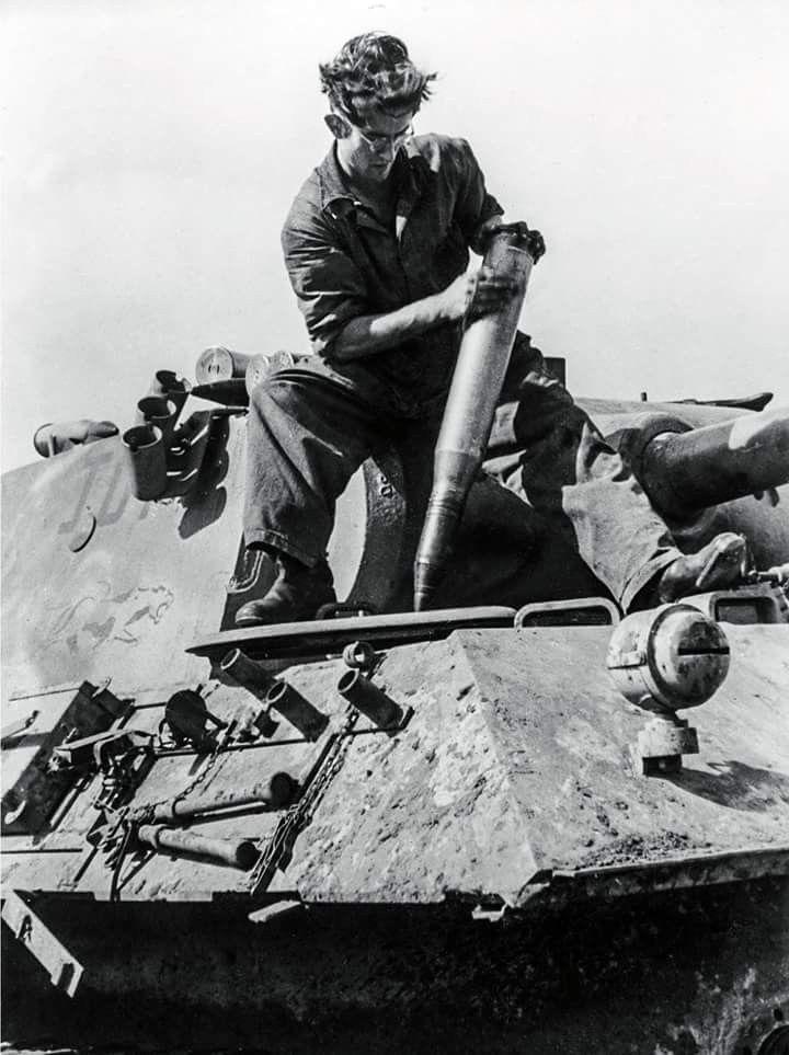 Diverses photos de la WWII (fichier 7) - Page 34 41522