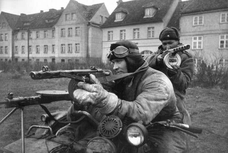 Diverses photos de la WWII (fichier 8) - Page 38 42226