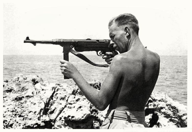 Diverses photos de la WWII (fichier 8) - Page 38 42425