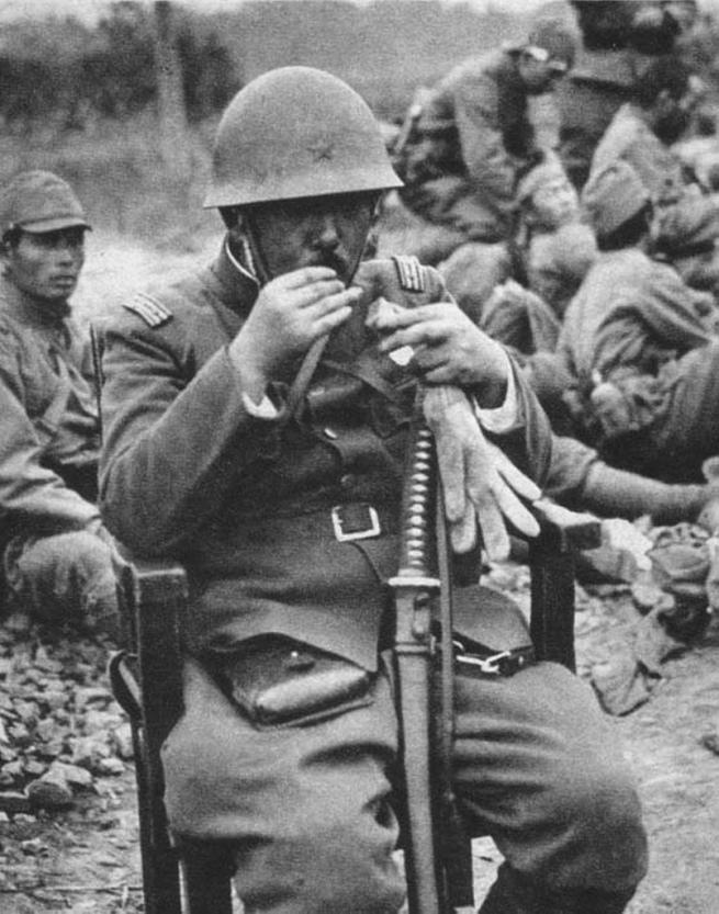 Diverses photos de la WWII 44710