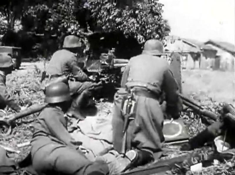 Diverses photos de la WWII - Page 40 4531