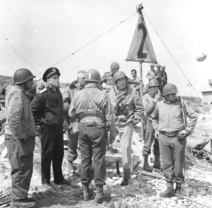 Diverses photos de la WWII - Page 37 4649