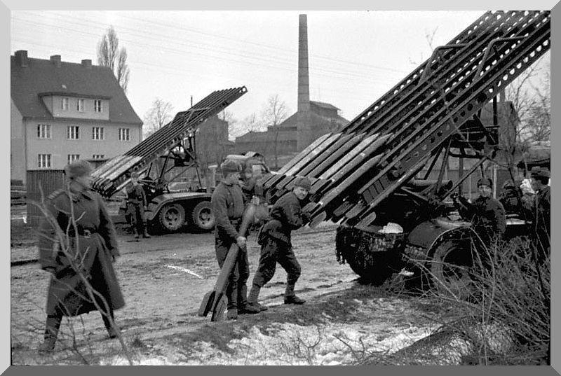 Diverses photos de la WWII - Page 2 4736