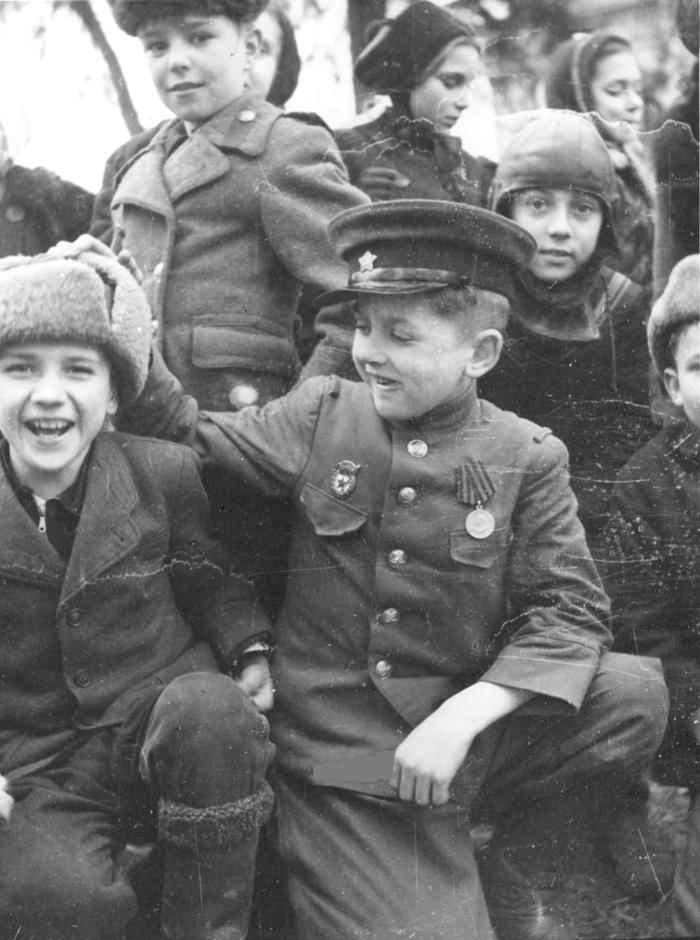 Diverses photos de la WWII - Page 2 4740