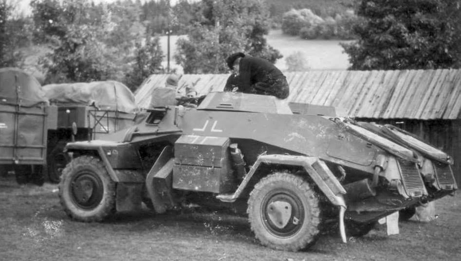 Diverses photos de la WWII - Page 39 478