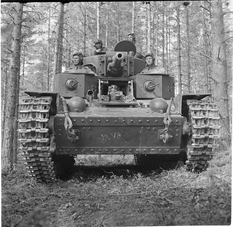 Diverses photos de la WWII - Page 2 4833
