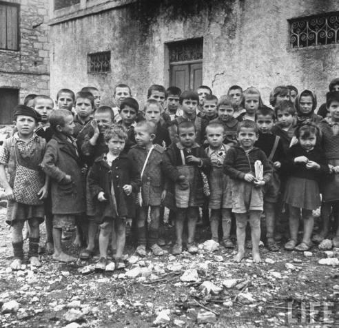 Diverses photos de la WWII - Page 2 4837