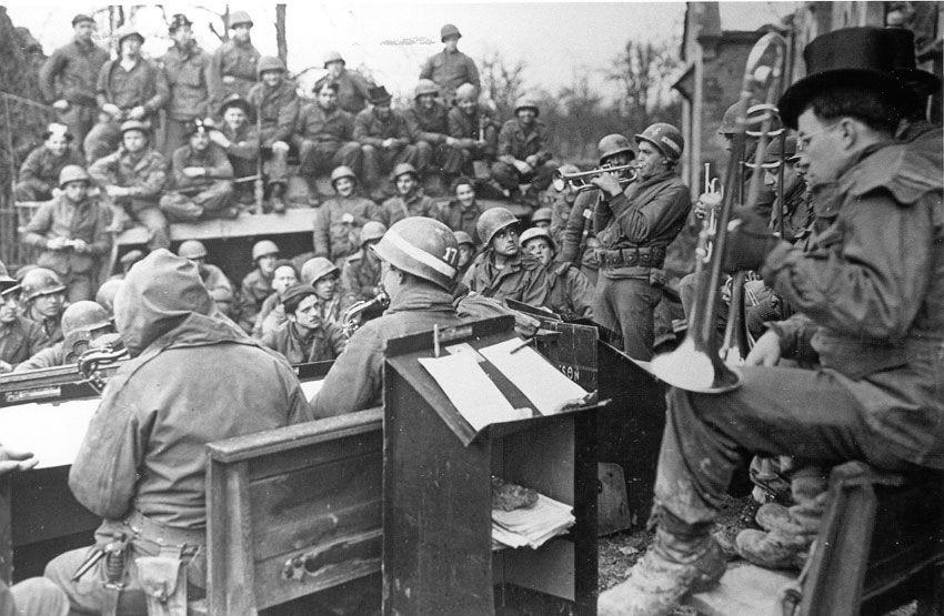 Diverses photos de la WWII - Page 37 4845
