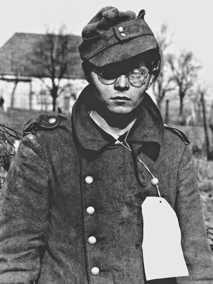 Diverses photos de la WWII - Page 40 486