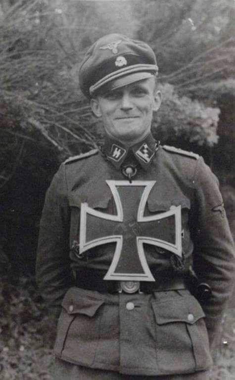 Diverses photos de la WWII - Page 38 48716