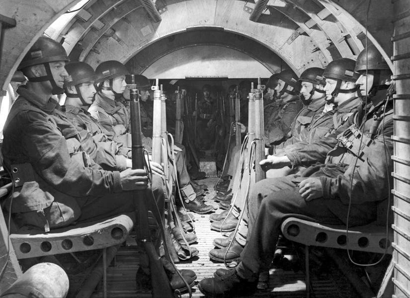 Diverses photos de la WWII 4920