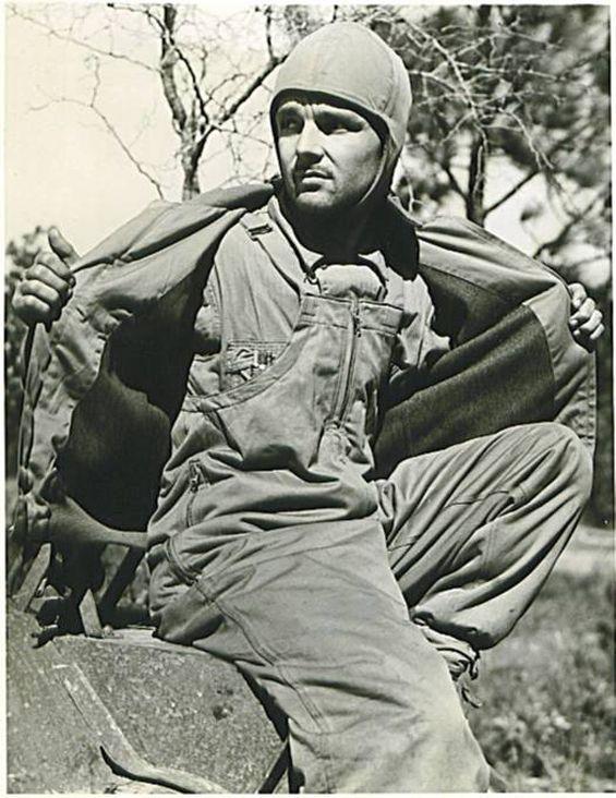 Diverses photos de la WWII - Page 3 51520