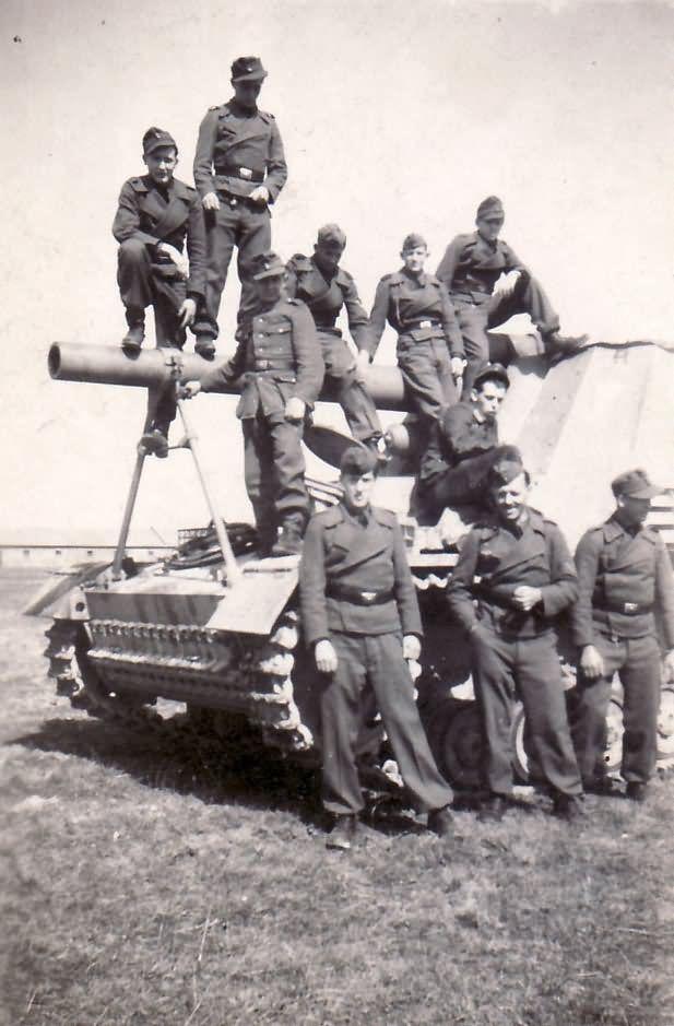 Diverses photos de la WWII - Page 2 5233