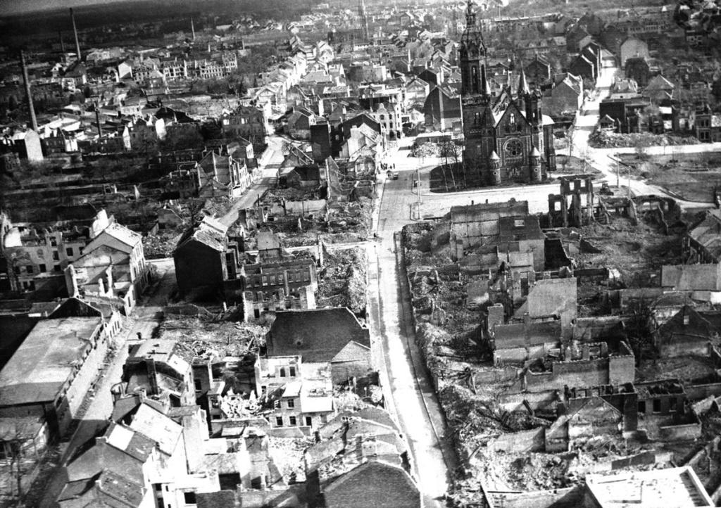 Diverses photos de la WWII - Page 37 53816