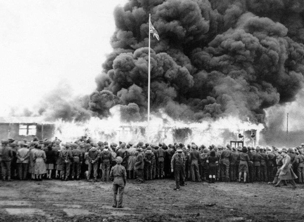 Diverses photos de la WWII - Page 37 53916