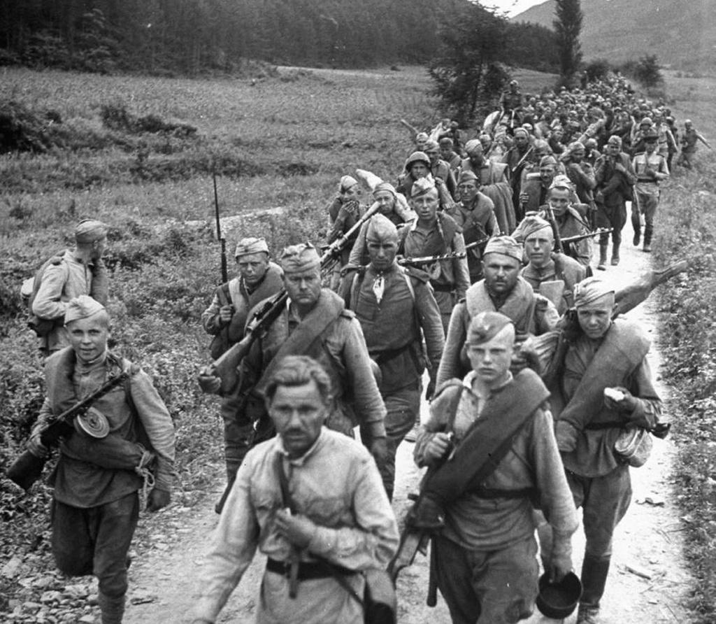 Diverses photos de la WWII - Page 37 54116
