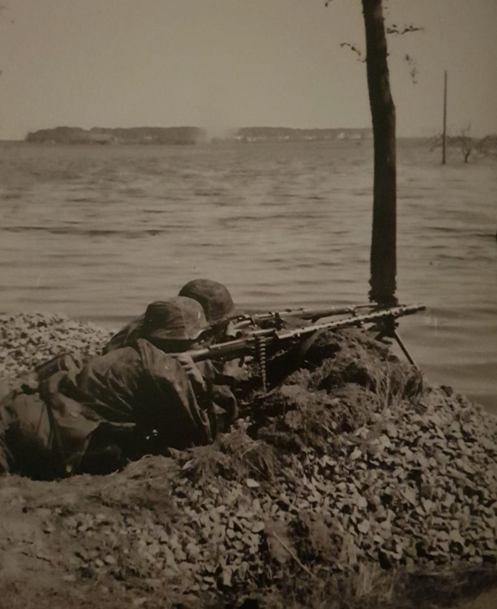 Diverses photos de la WWII (fichier 9) - Page 3 54122