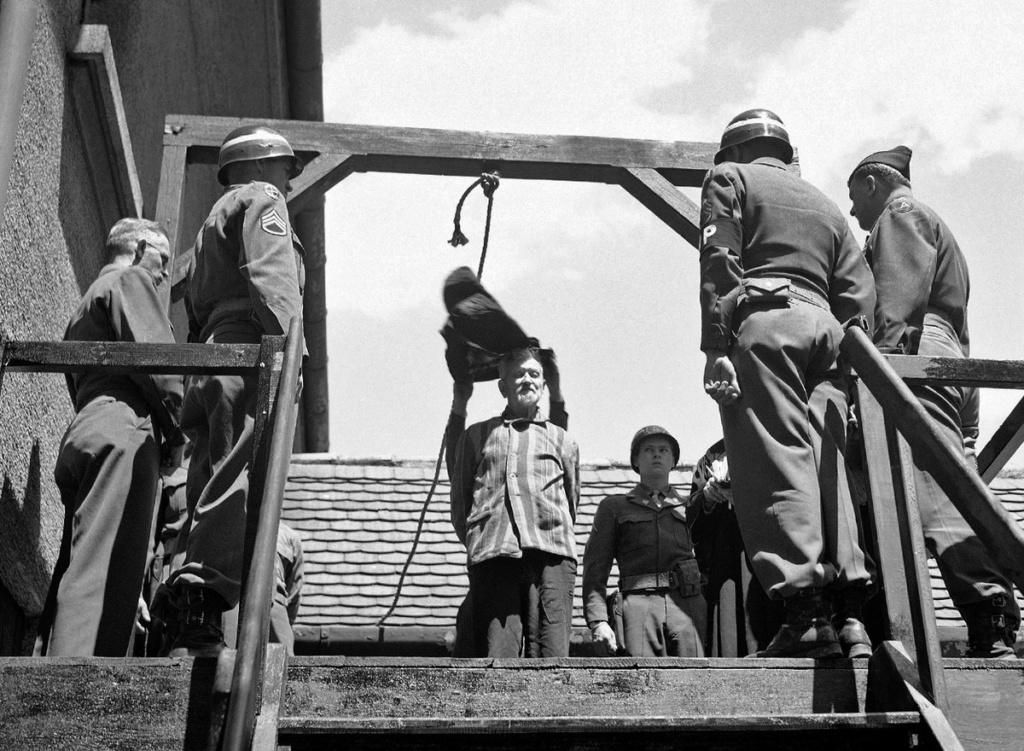 Diverses photos de la WWII - Page 37 54416