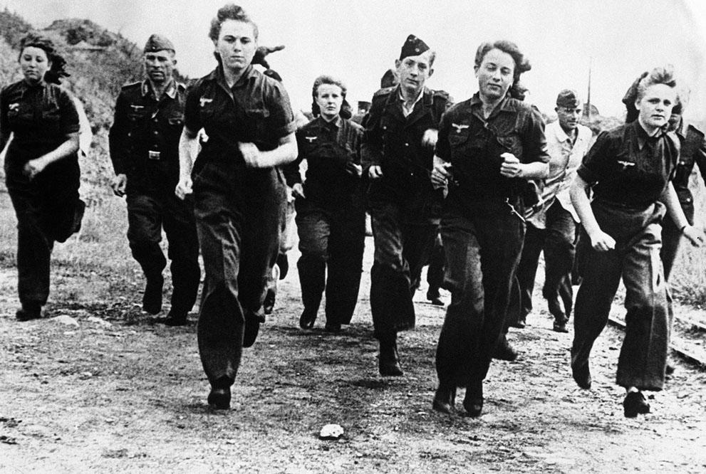 Diverses photos de la WWII 547