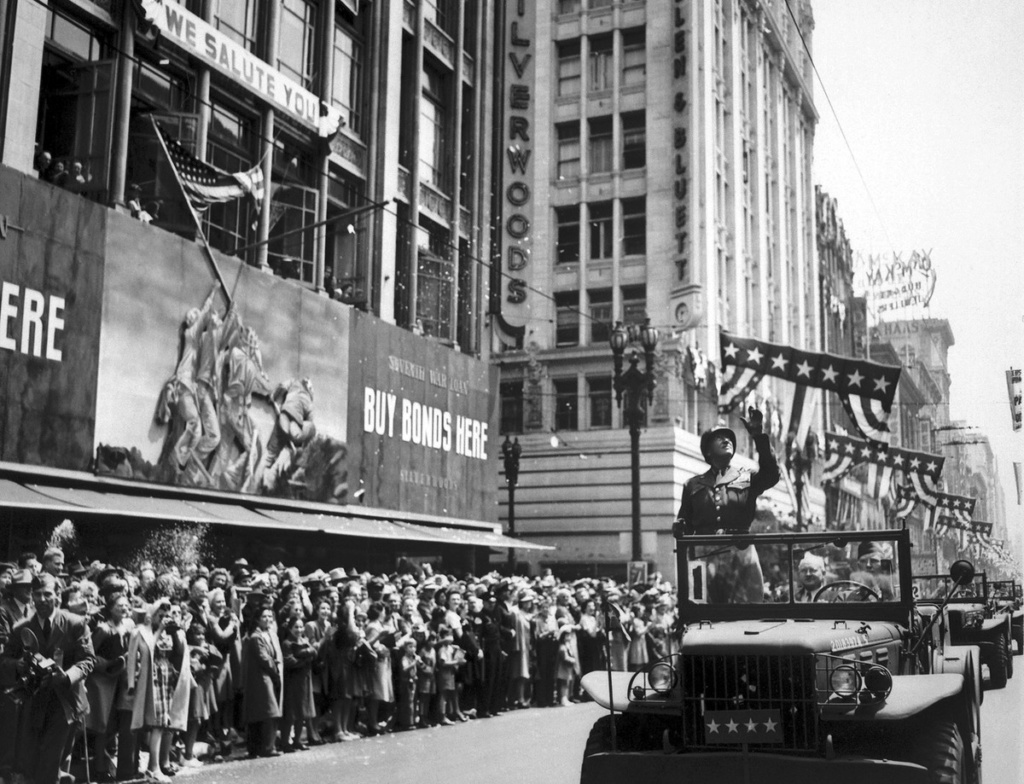 Diverses photos de la WWII - Page 37 54816