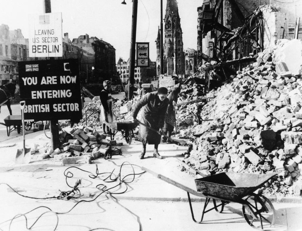 Diverses photos de la WWII - Page 37 54916