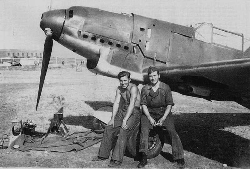 Diverses photos de la WWII - Page 37 5541