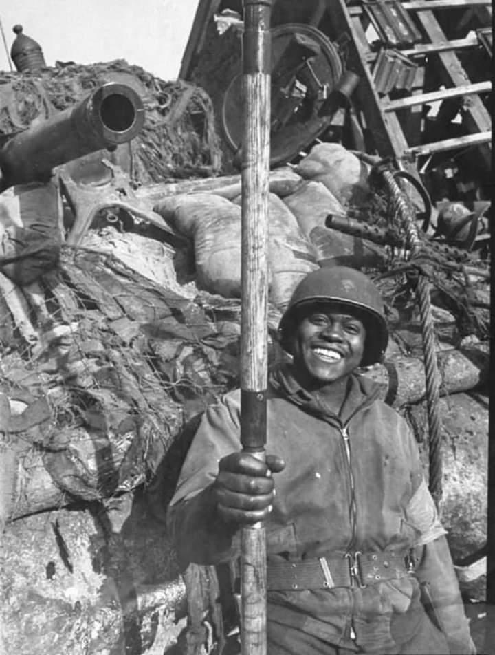 Diverses photos de la WWII - Page 37 55417
