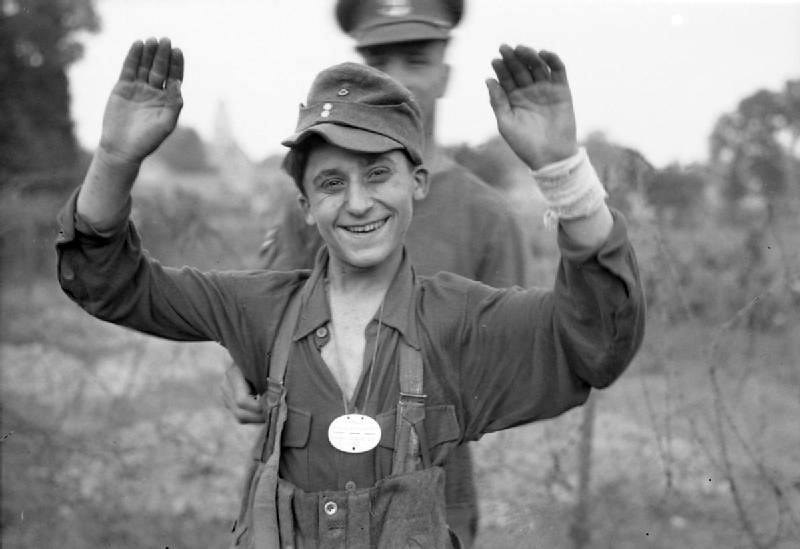 Diverses photos de la WWII - Page 37 55618