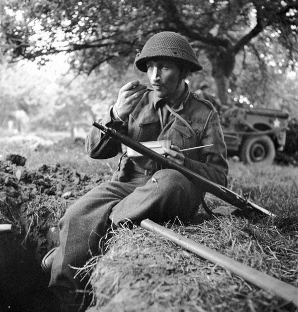 Diverses photos de la WWII (fichier 9) - Page 4 57123