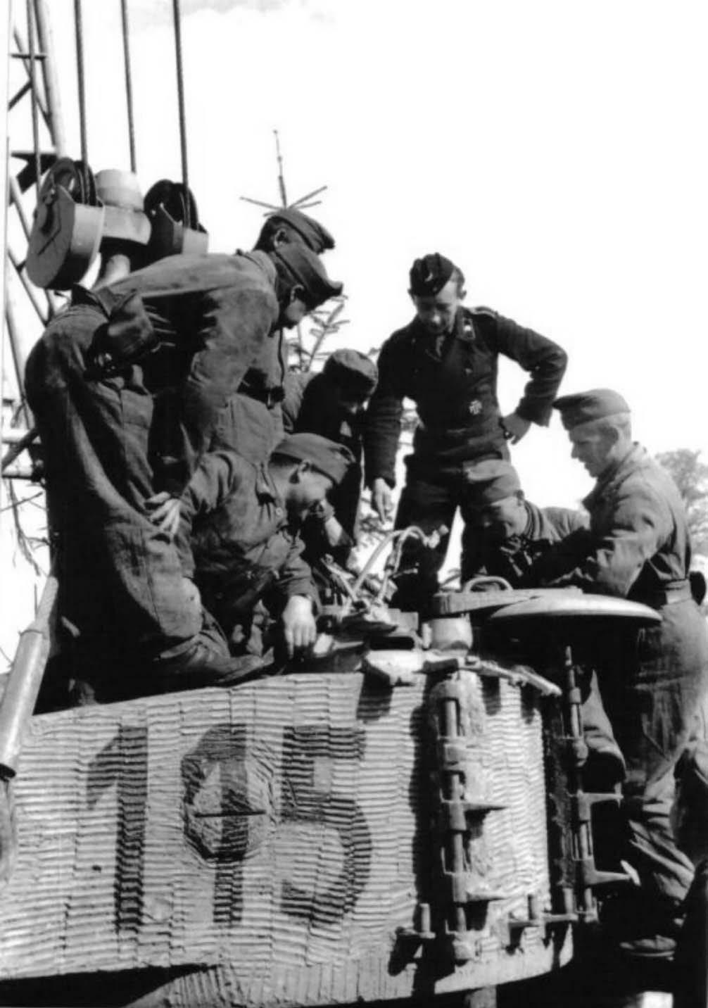 Diverses photos de la WWII - Page 37 57311
