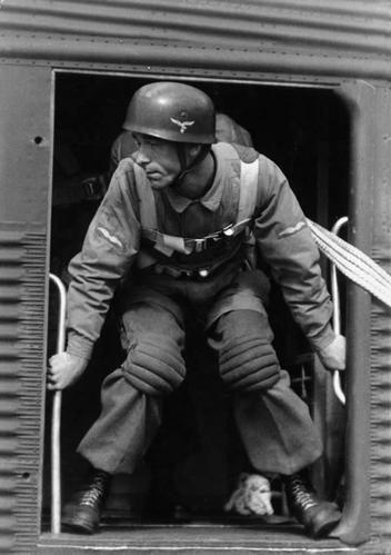 Diverses photos de la WWII (fichier 9) - Page 17 5746