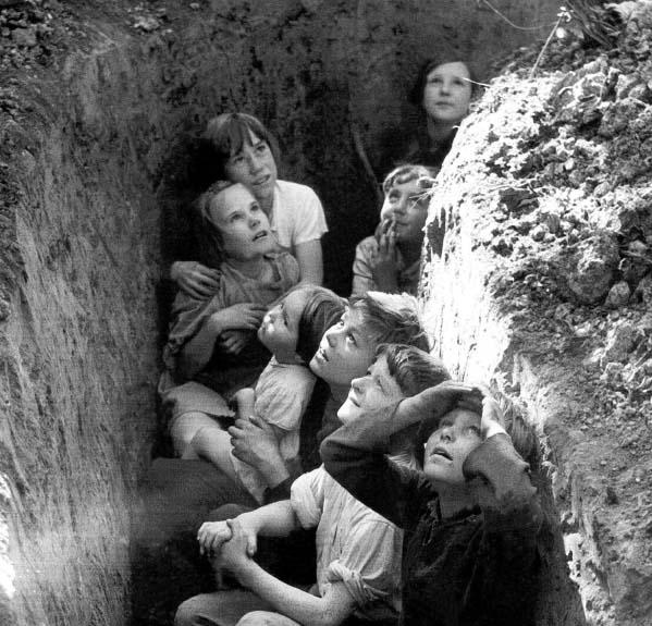Diverses photos de la WWII - Page 40 576