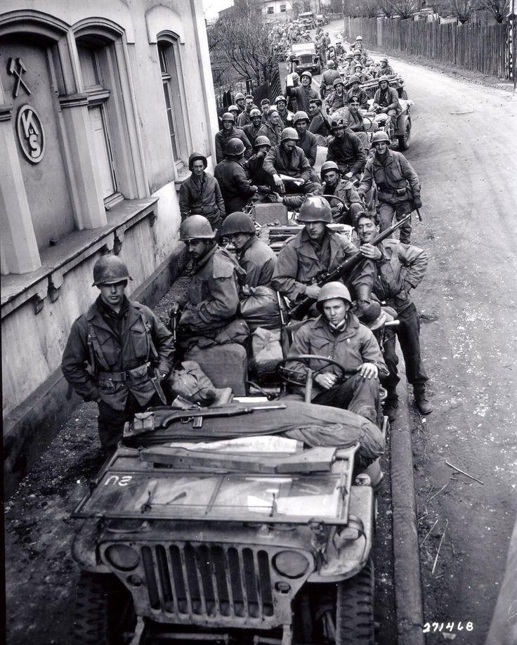 Diverses photos de la WWII - Page 37 5941