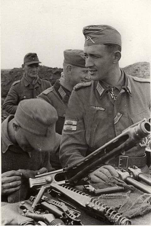 Diverses photos de la WWII - Page 6 60319