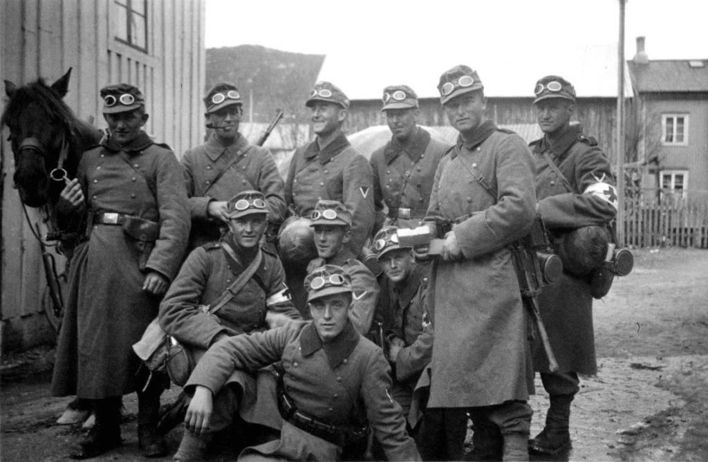 Diverses photos de la WWII - Page 37 60715