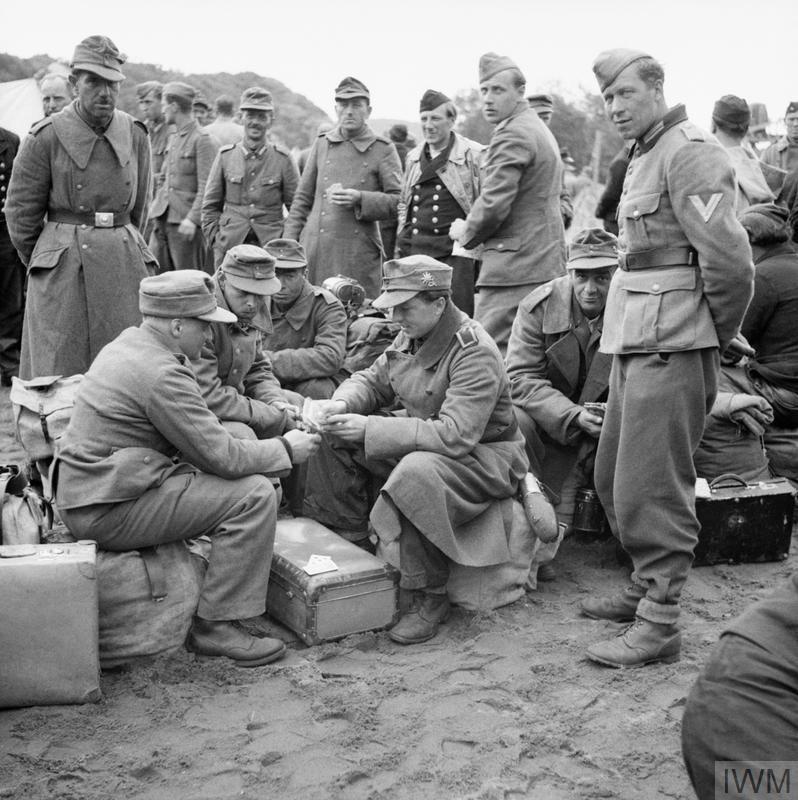 Diverses photos de la WWII - Page 38 61018