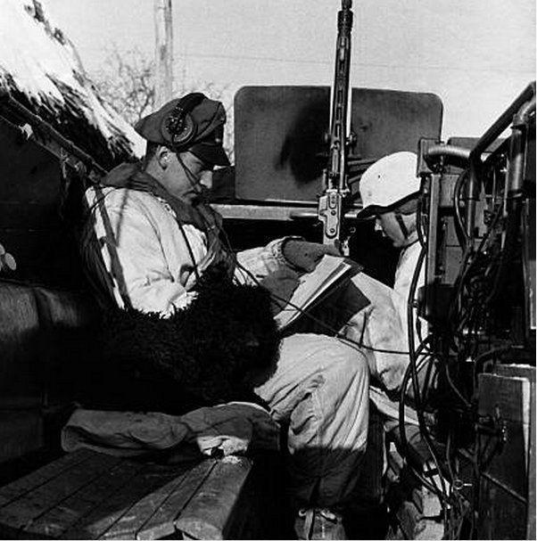 Diverses photos de la WWII (fichier 7) - Page 37 61124