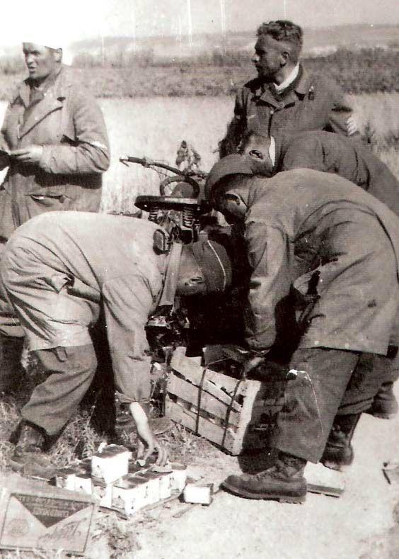 Diverses photos de la WWII (fichier 7) - Page 37 61323