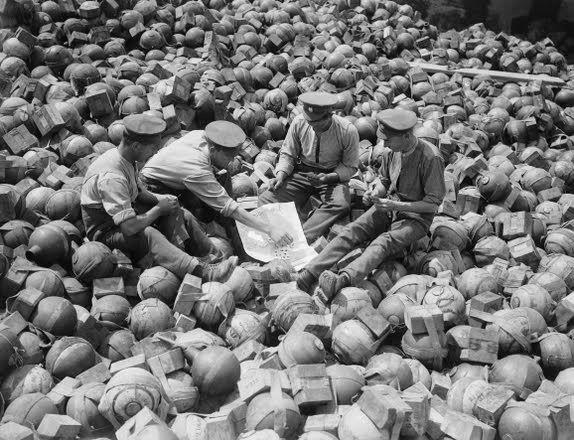Diverses photos de la WWII (fichier 9) - Page 5 61325