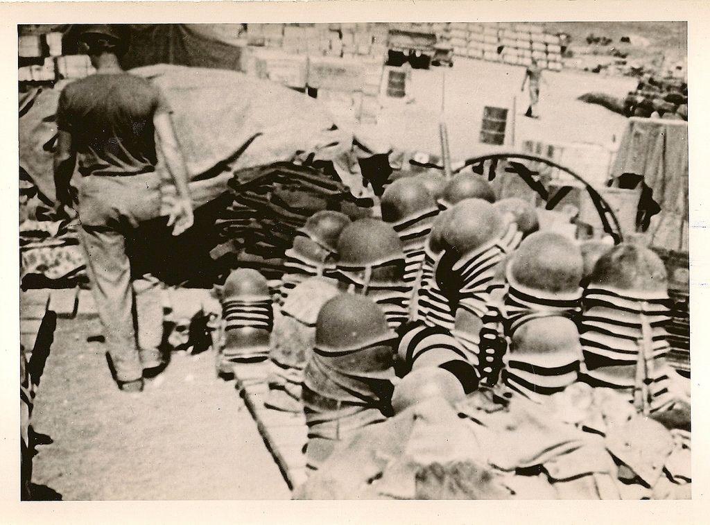 Diverses photos de la WWII (fichier 9) - Page 5 61526