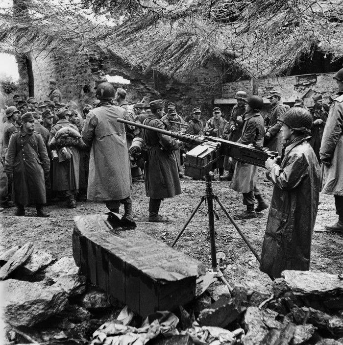 Diverses photos de la WWII - Page 38 61616