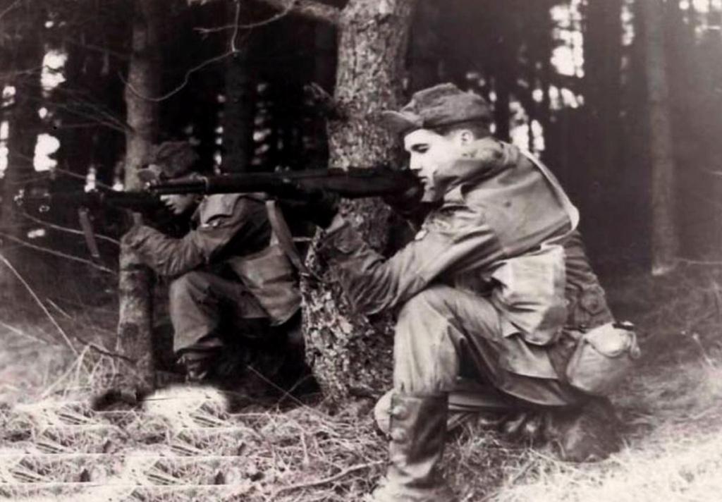 Diverses photos de la WWII (fichier 7) - Page 37 61623