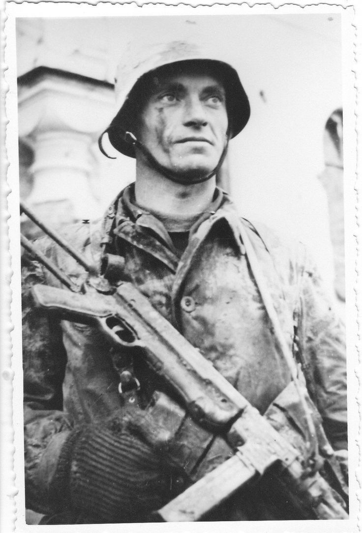 Diverses photos de la WWII (fichier 9) - Page 6 61825