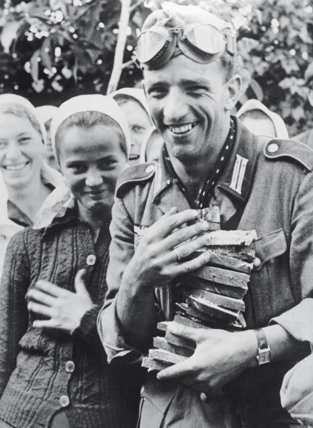 Diverses photos de la WWII - Page 38 61916