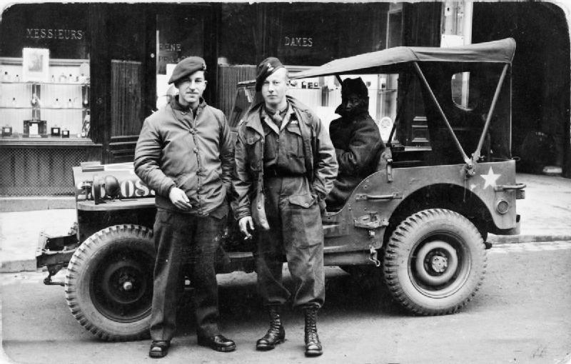 Diverses photos de la WWII (fichier 7) - Page 37 61923