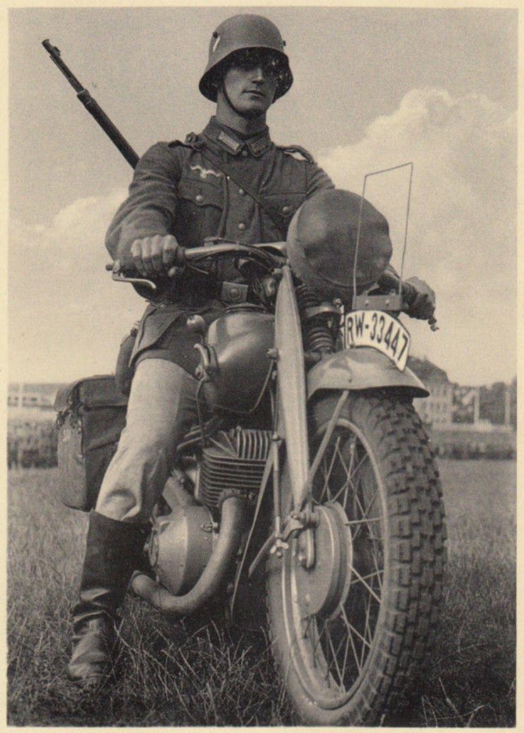 Diverses photos de la WWII (fichier 7) - Page 37 62124