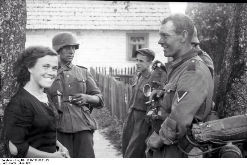 Diverses photos de la WWII - Page 37 6241