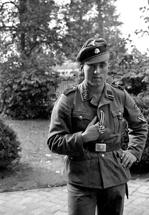 Diverses photos de la WWII - Page 38 62416