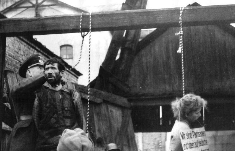 Diverses photos de la WWII - Page 6 62420